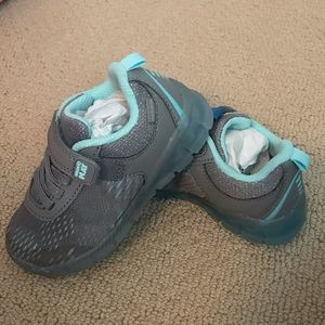 NWT Toddler girls Stride rite light up sneakers